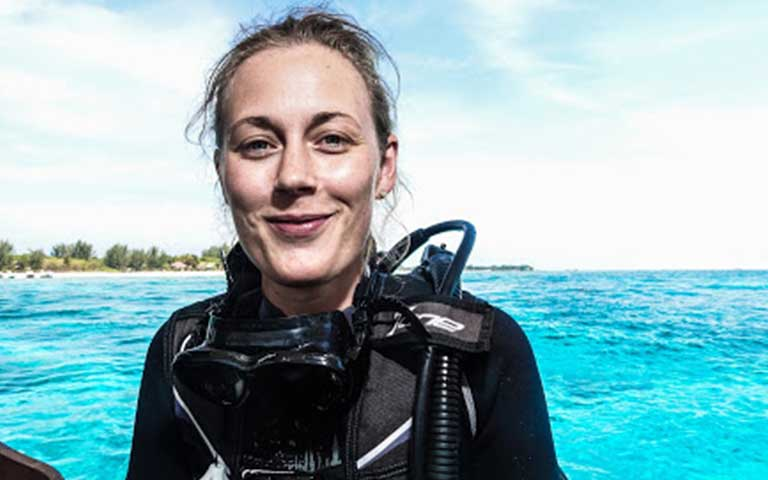 divemaster internship indonesia