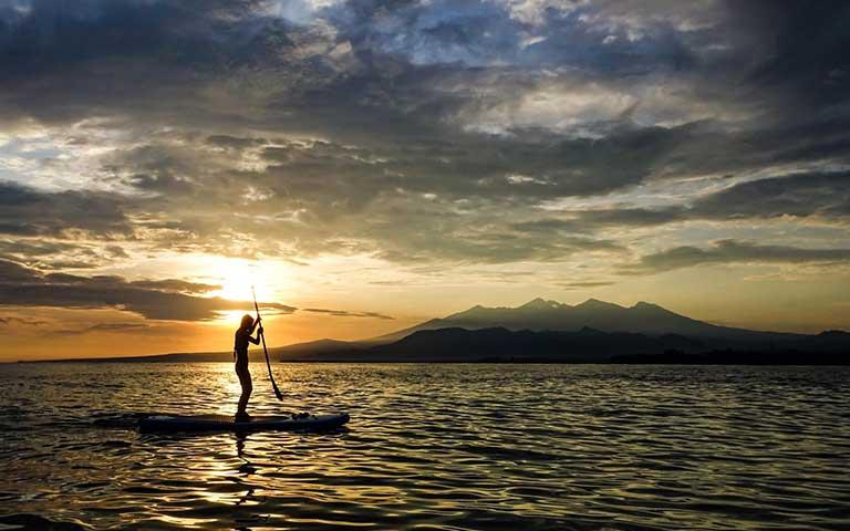 SUP at sunrise - Gili Air island life