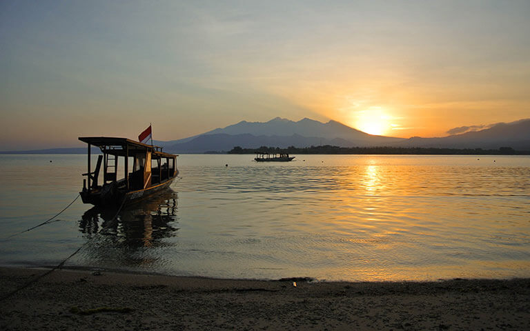gili air island life: sunrise